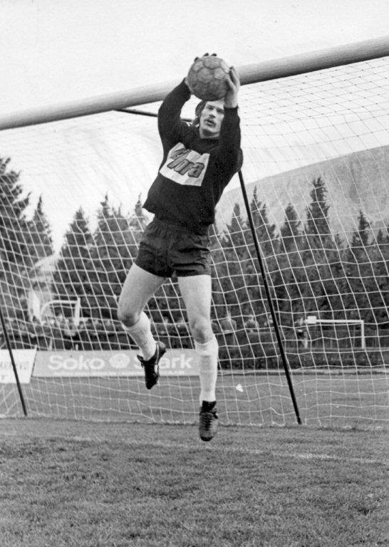 Legendarni Mostarski golman i deo čuvene BMV ekipe - Enver Marić