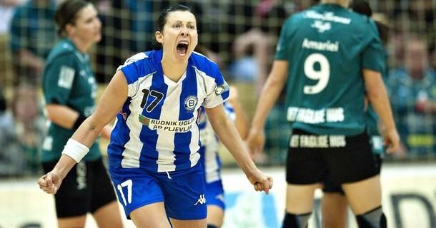 Bojana Popović je protiv Larvika postigla gol iz sedmerca koji će se još dugo pamtiti.