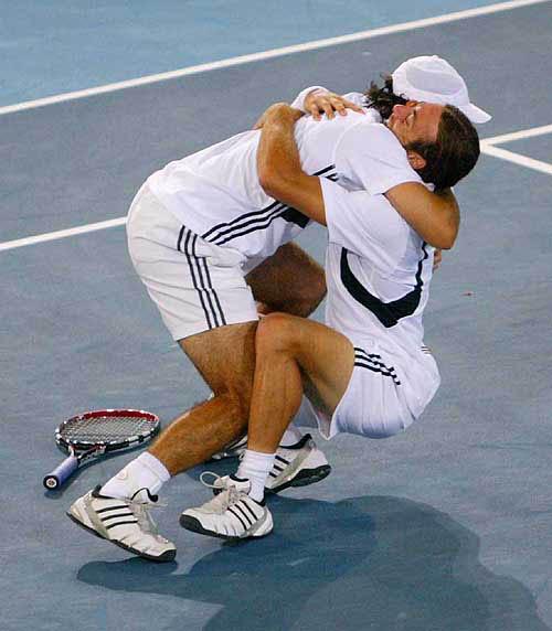 Nikolas Masu i Fernando Gonzales, Olimpijski šampioni u Atini u dublu.