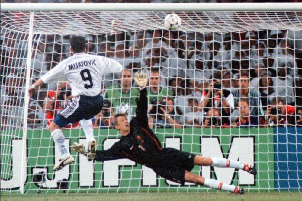Predrag Mijatović nije uspeo da realizuje jedanaesterac na meču protiv Holandije.
