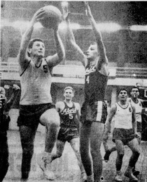 Jedan od četrdeset i četiri pogotka iz igre Radivoj Koraća te januarske večeri 1965. godine protiv švedskog prvaka Alvika.