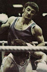Pošto je boksovao za publiku, otvoreno, bez opreza da ne primi udarac, već sa jedinom željom da nokautira protivnika, počele su i da stižu posledice. Preležao je hepatitis i nastavio da boksuje. Lomio je kosti 26 puta i nastavio da boksuje. Portorikanac Sandi Tores mu je 1979. godine zabio palac u oko, ali Marijan Beneš je posle tri operacije, nastavio da boksuje. Četiri godine kasnije, lekari koji su ga savetovali da okači rukavice o klin, morali su da mu izvade oko i da mu stave veštačko. Nije više mogao da boksuje, a hteo je.