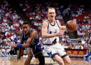 Sjajnom partijom protiv Denvera, Skot Skajls je oborio rekord NBA lige po broju asistencija na jednom meču.