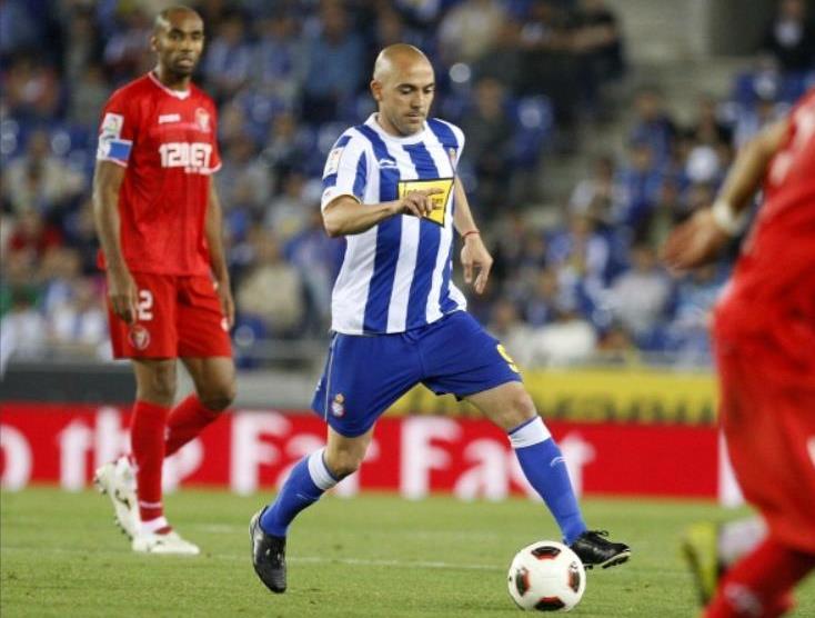 Briljirao je Ivan de la Penja u dresu Espanjolja, koji je uspeo da dovede i do finala Kupa Uefa.