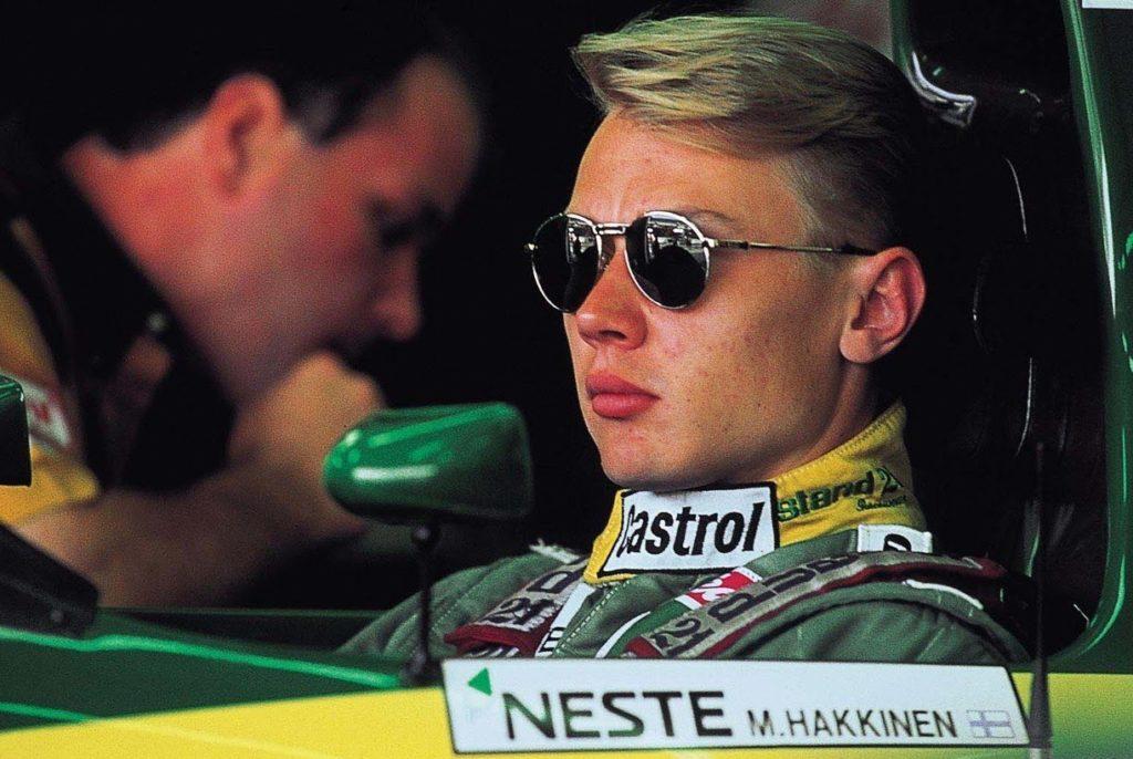 Karijeru u formuli 1, Mika Hakinen je započeo u timu Lotus.