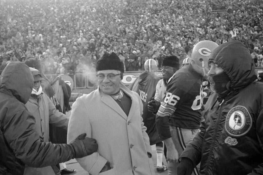 """Najveći stručnjak u istoriji američkog fudbala, Vins Lombardi, predvodio je Pekerse u čuvenom """"Ice Bowl""""-u."""
