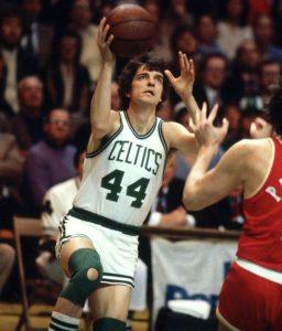 Pit Maravić je u januaru 1980. godine potpisao za Boston Seltikse, u koje je bio zaljubljen od najmlađih dana i gde je igrao njegov idol Bob Kuzi.