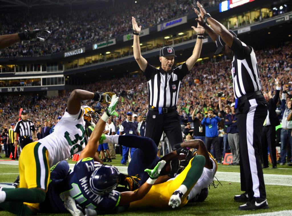 Utakmica između Sijetls i Grin Beja iz 2012. godine ostaće upamćena po kontraverznoj sudijskoj odluci koja je rešila pitanje pobednika.
