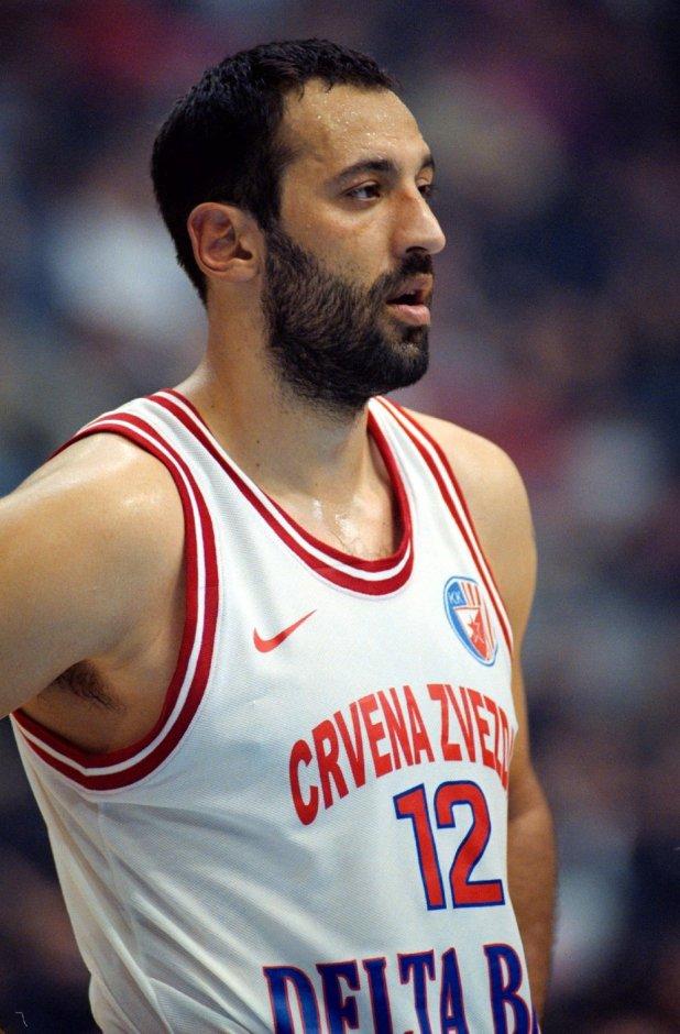 Vlade Divac je igrao odlično za Zvezdu protiv Žalgirisa.