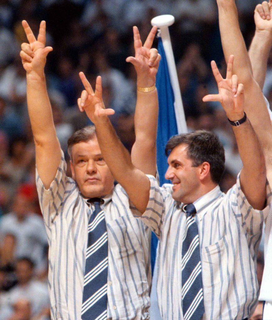 Dušan Ivković i Željko Obradović na pobedničkom postolju 1995. godine.