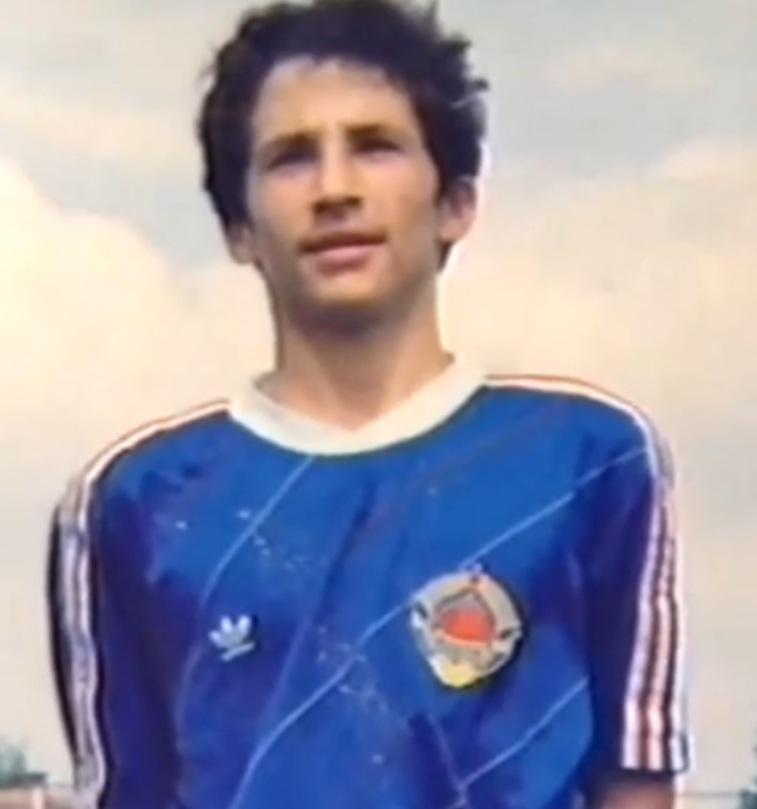 Hasan Salihamidžić je prošao sve reprezentativne selekcije bivše Jugoslavije i u svakoj je bio jedan od najboljih igrača.