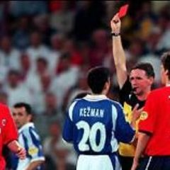 Kežmanov crveni karton posle 34 sekunde