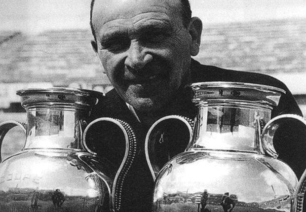 """Bela Gutman je dvaput u nizu osvajao Kup šampiona. U leto 1961. godine pobedio je Barselonu u finalu sa 3:2, a sledeće godine je u finalu gubio od Reala sa 2:0 i 3:2, a ipak uspeo da pobedi sa 5:3. Nakon osvajanja drugog Kupa šampiona, Gutman je od čelnika kluba zatražio skromno povećanje plate, međutim, predsednik kluba ga je drsko odbio. Razočarani Mađar je tada rekao osvetničku rečenicu i ispostavilo se bacio kletvu na Benfiku koja i dan dans odzvanja u ušima svih pristalica lisabonskog kluba: """"Od sada, pa za 100 narednih godina, nećete osvojiti niti jedan evropski trofej."""""""