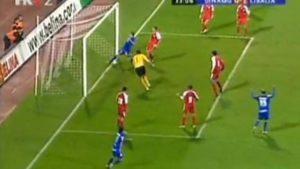 """Igrao se 33. minut na Maksimiru, Vinkovčani su iznenađujuće vodili i odolevali napadima """"modrih"""". Loptu je ubacio Tomečak, Morales je pucao i prebacio golmana, a Ilija Sivonjić uspeo je da uradi gotovo nemoguće. Loptu koja je išla u gol zaustavio je manirom najboljeg svetskog štopera!"""