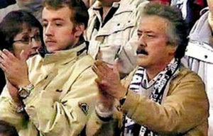 """A upravo posle tog gola dogodilo se nešto što se retko viđa i na """"običnim"""" utakmicama, a naročito ne na takvim mečevima poput """"El Klasika"""". Ceo stadion, blizu 70.000 ljudi ustalo je i aplaudiralo jednom od najboljih igrača u istoriji fudbalske igre."""