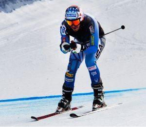 """""""Prilikom doskoka zakačio sam neravninu, a pri brzini od 75 kilometara na sat kada skija dotakne neravninu pod tim uglom, samo vas mnogo sreće može spasiti da se skija ne otkači sa noge. Odlučio sam tada ipak da nastavim i da pokušam da dođem do cilja, jer bi dva eventualna nastupa u slalom bila odličan trening za mene. Nisam bio uopšte konkurentan, ali bilo je teško da budem konkurentan bez jedne skije. Na kraju sam izgubio ravnotežu i pao, mogao sam još uvek da prođem kroz sledeću kapiju, ali u tom trenutku sam shvatio da je bilo dosta za danas."""" - objasnio je posle trke svoj u najmanju ruku čudan nastup Bode Miler."""