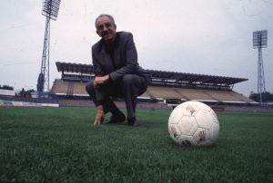 """Sa utakmice protiv Bugarske pamti se i ono čuveno Delićevo """"Ne sam Safeteeee!"""", pa """"sad još možemo primit gol"""", ili """"ko vas je tome učio?!"""" ali njegova kultna rečenica """"Je li to moguće"""" često se spominje i danas, a kako je to izgledalo 1983. godine podsetite se u videu."""