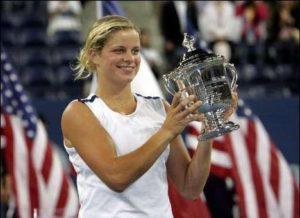 """Da u Americi igra najbolje dokazuje i u leto te godine, kada briljira na američkoj turneji, osvaja titule jednu za drugom, da bi sve krunisala na US Openu, gde pobedom u finalu protiv Meri Pirs """"razbija maler"""" i osvaja konačno svoju prvu Grend Slem titulu."""