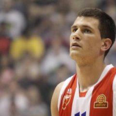 "Nemanja Nedović – ""NBA"" zakucavanje preko Đorđa Gagića"