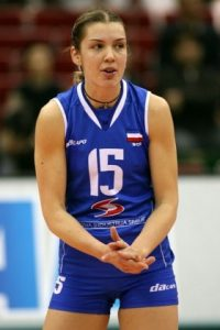 Za reprezentaciju je na velikim takmičenjima debitovala na Evropskom prvenstvu 2003. godine, kada su se odbojkašice vratile na velika takmičenja, a Anja je bila najefikasnija u ekipi sa 62 osvojena poena na turniru, ali njene i saigračice i ona nisu mogle više od devetog mesta. Na narednom prvenstvu Evrope 2005. godine u Zagrebu selekcija Srbije i Crne Gore zauzela je sedmo mesto, a Anja Spasojević je bila peti server na turniru. To je bila samo najava onoga što sledi...