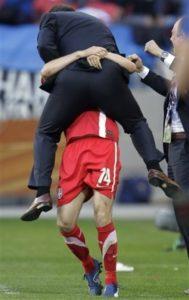 Svetsko prvenstvo 2010. godine u Južnoafričkoj republici nije dobro počelo za reprezentaciju Srbije, koja je po vođstvom Radomira Antića vratila veru navijača u reprezentaciju od koje se na Mundijalu puno očekivalo posle dobrih igara u kvalifikacijama.