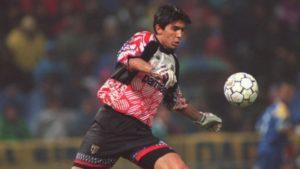 """19. novembra 1995. godine, Nevio Skala je napravio možda i najveću stvar u svojoj trenerskoj karijeri. Vodeći sa klupe ekipu Parme, on je za meč protiv tada prejake Kapelove ekipe Milana, koja je samo 18 meseci ranije """"razmontirala"""" Brarselonu u finalu Lige šampiona, među stative da debituje za prvi tim stavio 17-ogodišnjeg momka iz omladinskog pogona. Njegovo ime je Đanluiđi Bufon."""