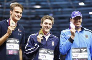"Pošto je primio zasluženo osvojenu zlatnu medalju i otpevao ""Bože pravde"", Velja je vrlo kratko za medije iz domovine objasnio kako je izgledao finiš trke iz njegovog ugla: ""Uradio sam zaista sve što je trebalo. Znao sam sve vreme da me prati svetski i evropski rekorder Pol Biderman i držao sam tempo. Očigledno je da sam imao boljih poslednjih 50 metara od njega."""