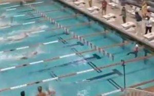 Na jednom studenskom takmičenju, Tejlor je plivajući za svoj Teksas Univerzitet uspeo da najkrađu deonicu u plivanju leđnim stilom pređe za 23,10 sekundi, što je bilo za 94 stotinki brže od tada aktuelnog Svetskog rekorda koji je držao Lijam Tankok. Ali kako je uspeo Tejlor da postavi ovaj neverovatan rezultat, pitali su se mnogi kada su čuli da je za skoro čitavu sekundu nadmašio Svetski rekord. Odgovor je bio veoma prost, Amerikanac je odlučio da celu deonicu provede pod vodom, što je naravno po pravilima najstrožije zabranjeno i zbog čega je odmah bio diskvalifikovan, uz poništenje rezultata. Ipak, ako je sam potez Tejlora mnogima u prvi mah bio i simpatičan, njegova izjava o razlozima zbog kojih se odlučio na ovakav potez je mnoge iznenadio, ali i šokirao.