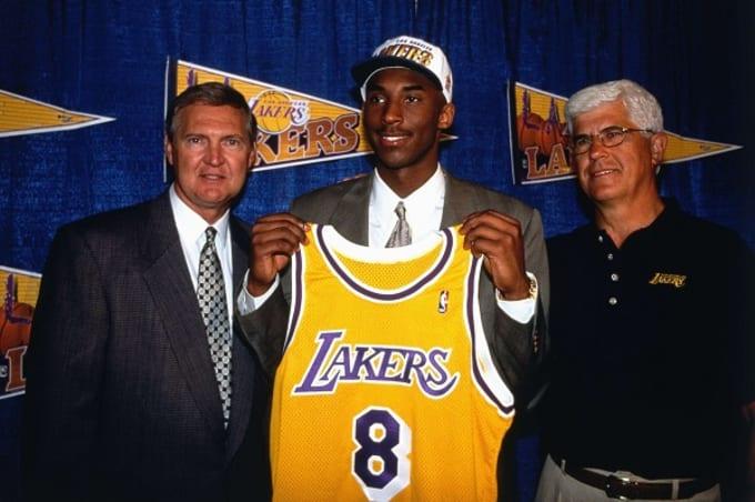 Na Divčevo mesto je stigao Šekil O'Nil, a Kobi Brajant je izrastao u jednog od najboljih košarkaša u istoriji i momka koji će doneti mnogo radosti Lejkersima.