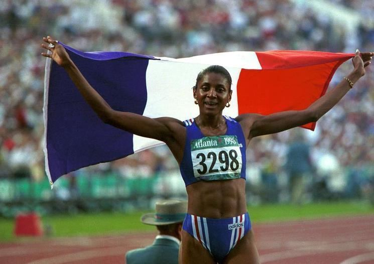 Mari-Žoze Perek osvojila je zlatnu olimpijsku medalju na 400 metara na Igrama u Atlanti, a njemu je pridodala i zlatnu medalju na 200 metara.
