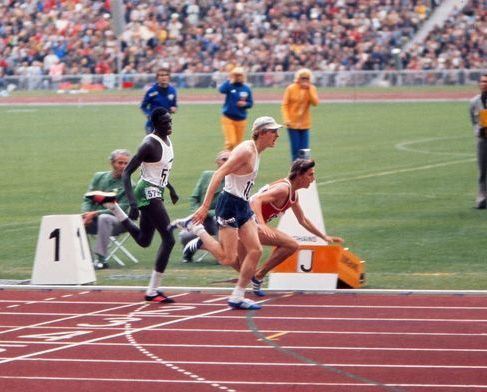 Dejv Votl u finišu osvaja olimpijsku zlatnu medalju.
