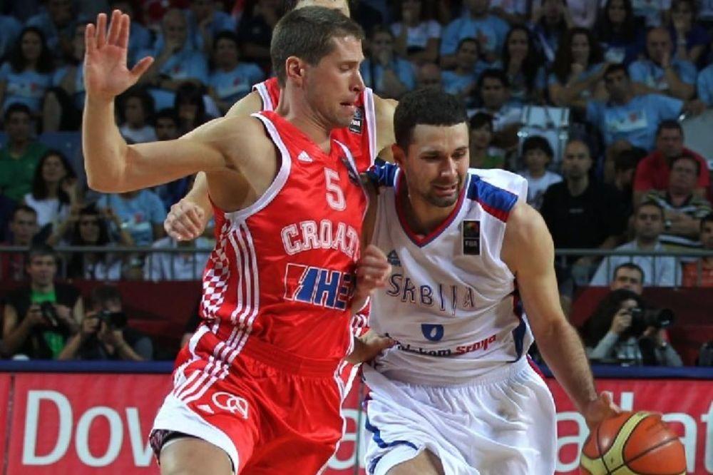 Faul Davora Kusa nad Aleksandrom Rašićem, koji je faktički rešio pitanje pobednika meča Srbija - Hrvatska.