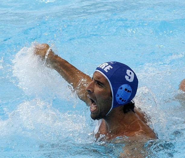 Georgios Afrodakis proslavlja pogodak kojim je doneo Grcima prvu medalju u istoriji. Photo: Stan Honda/AFP/Getty Images