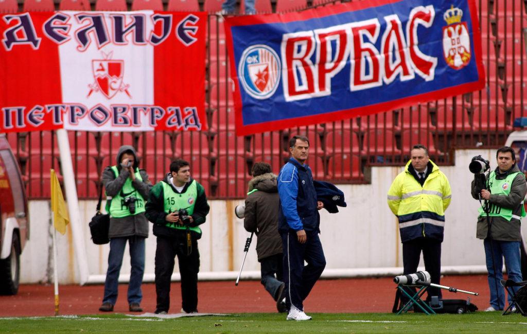 Dušan Bajević napustio je klupu Crvene zvezde tokom meča sa Vojvodinom. Photo: Srđan Stevanović.