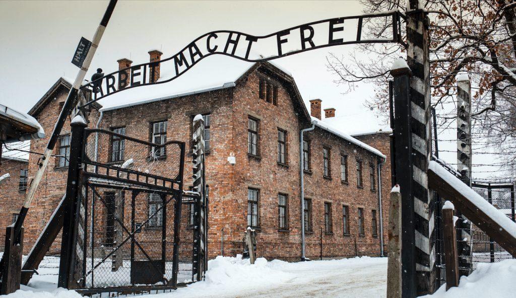 Salamo Arouč preživeo je pakao u zloglasnom logoru u Aušvicu.