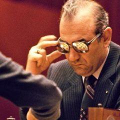 "Viktor Korčnoj – Anatolij Karpov – Beg, ""izdaja"", ""magovi"" i epska borba za svetsku titulu"
