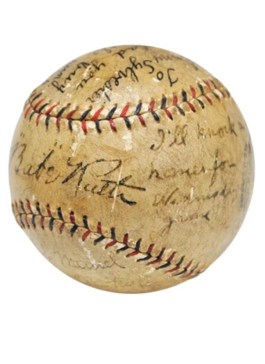 Lopta sa posvetom koju je Bejb Rut poslao Džoniju Silvesteru.