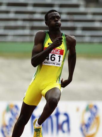 Jusein Bolt trčao je fantastično u finalu trke na 200 metara na Svetskom juniorskom prvenstvu 2002. godine.