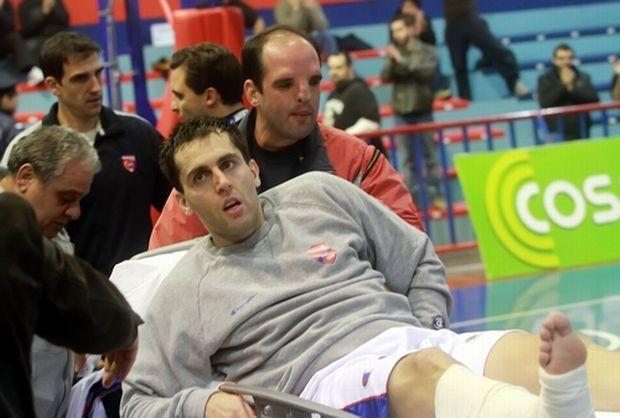 Iako je brzo prebačen u bolnicu gde je uspešno operisan, Miloš Vujanić nikada ponovo nije zaigrao košarku posle povrede na meču Panionios - AEK.