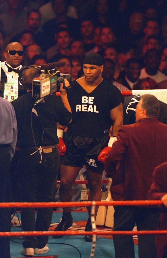 Majk Tajson je prilikom dolaska u ring na meču sa Botom uplašio mnoge.