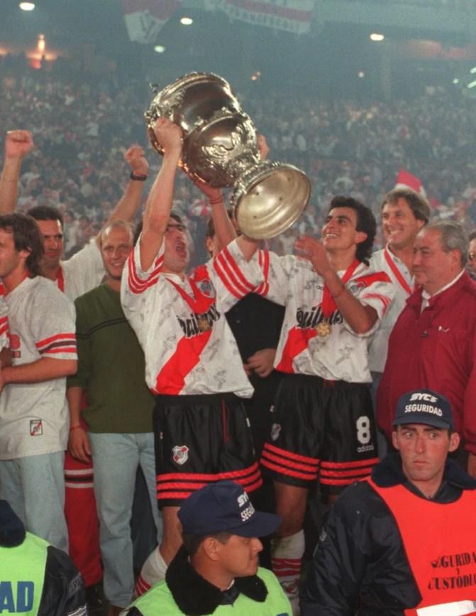 Fudbaleri Rivera osvojili su poslednje izdanje Superkupa Libertadores.