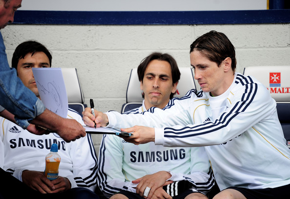 Fernando Tores je za Čelsijevu televiziju ispričao priču o najčudnijem autogramu koji je dao.