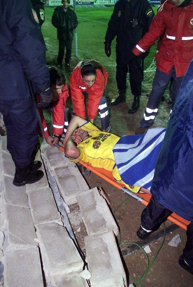 Martin Palermo je na nosilima iznešen sa terena.