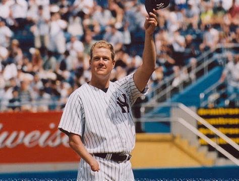 I pored toga što je rođen sa velikim fizičkim hendikepom, Džim Abot je uspeo da postane bejzbol legenda.